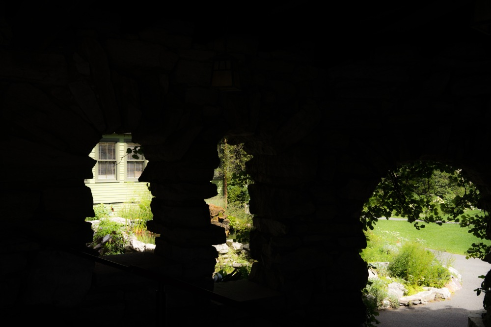 201608_EMM_Mohonk_balconies_windows-7206