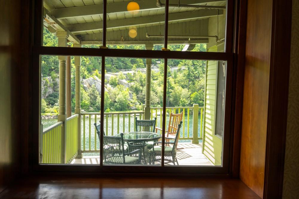 201608_EMM_Mohonk_balconies_windows-7211