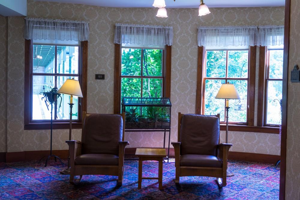 201608_EMM_Mohonk_balconies_windows-7212