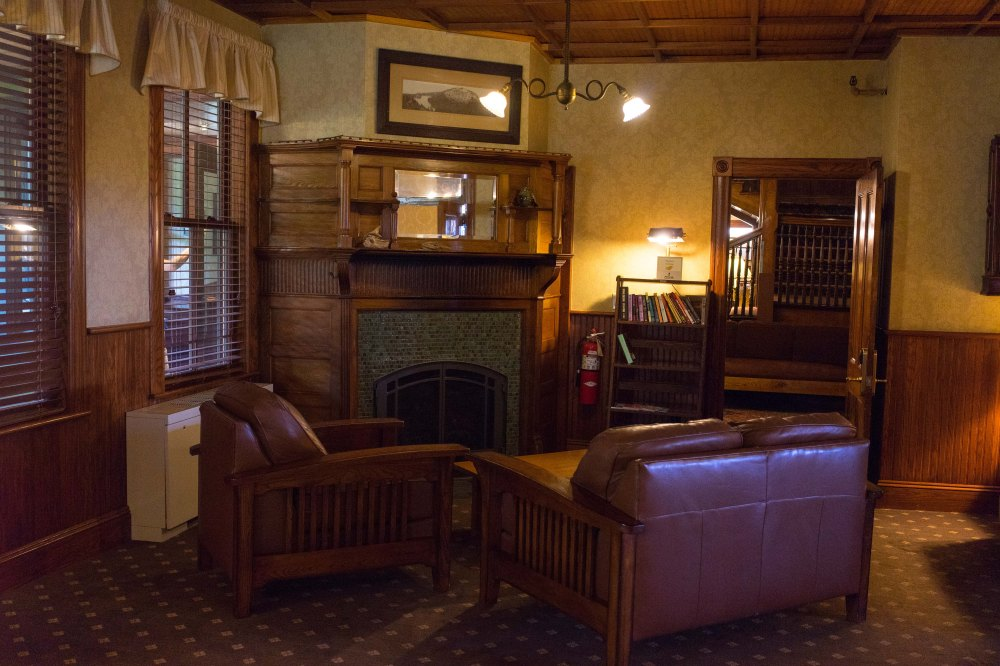 201608_EMM_Mohonk_interior_furniture-7205