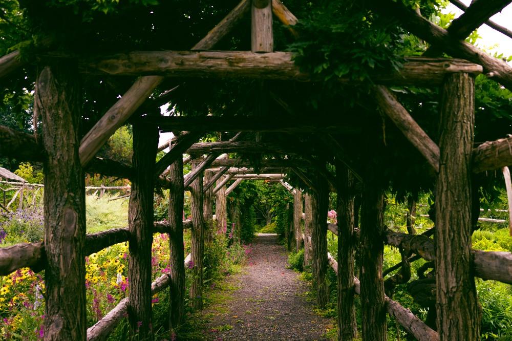 201608_EMM_Mohonk_landscape_garden-7218